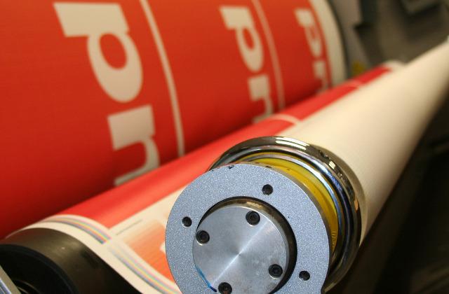 Impression roll up Paris – Imprimer roll up PLV Clichy 92